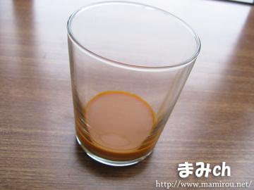 サジー 黄酸汁の液体の色